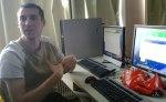 Rene Schwarzinger mit Linux-Advanced PC im Unterricht